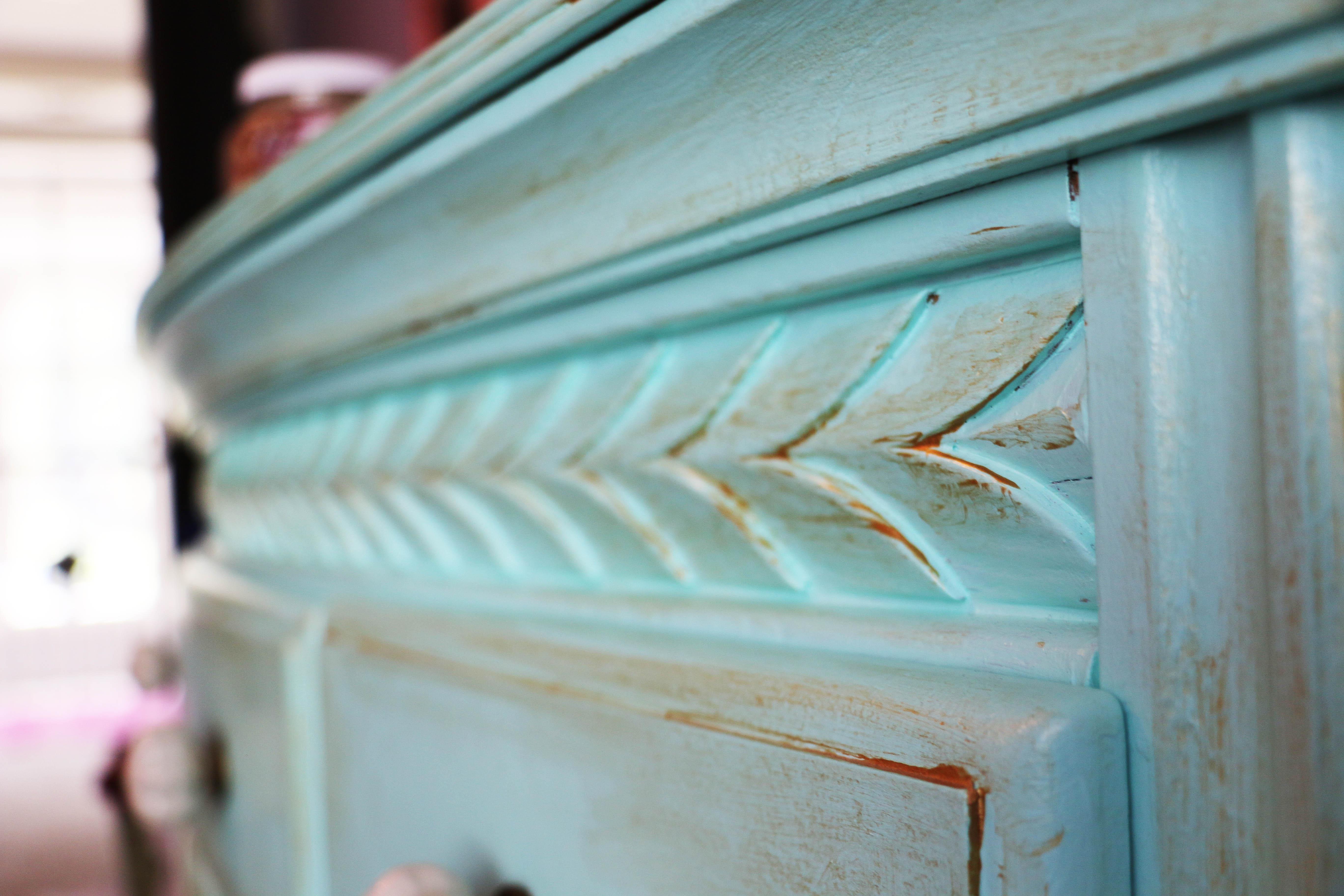 Dresser Detail 1