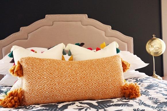 Cabin Master Bedroom 2 LOGO