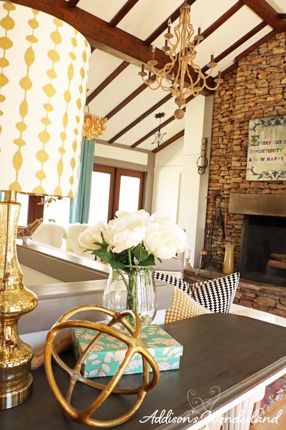 Cabin Living Room 10L