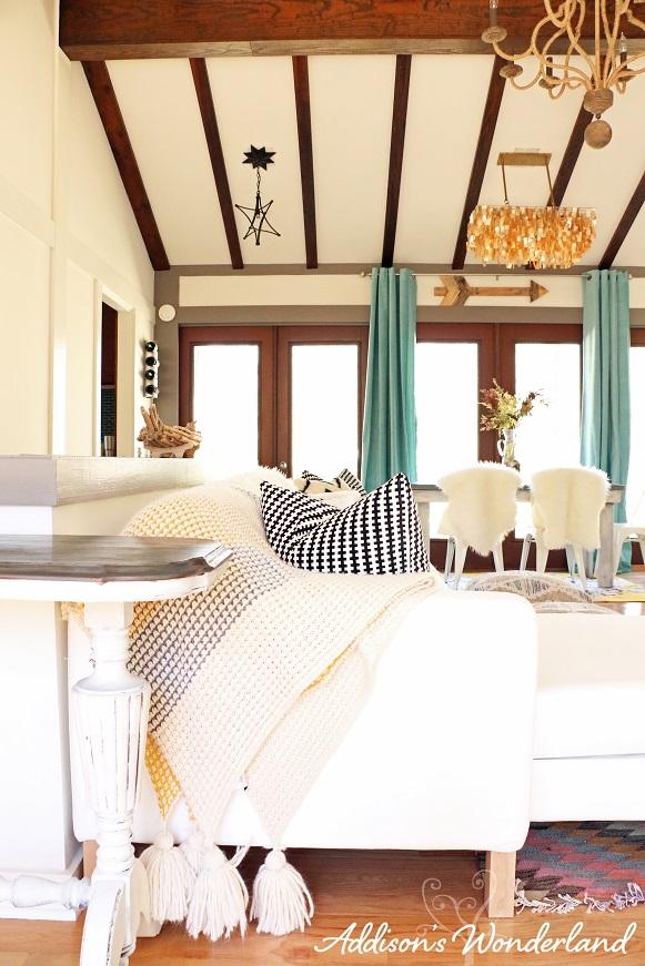 Cabin Living Room 5L