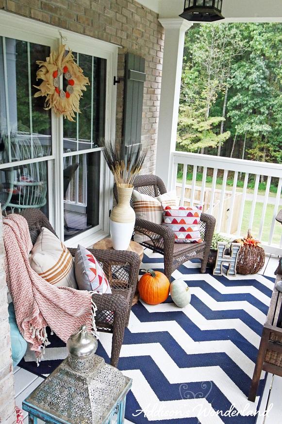 Fall Front Porch 17L