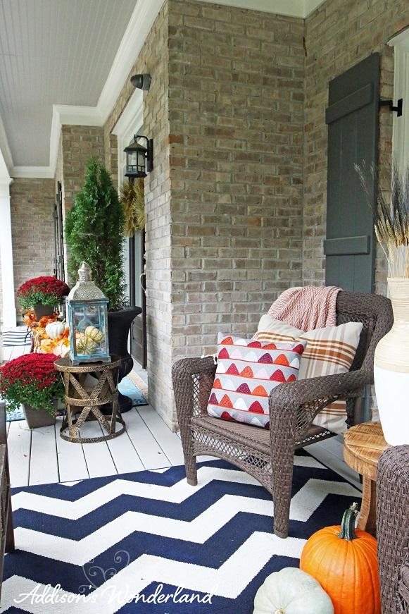 Fall Front Porch 21L