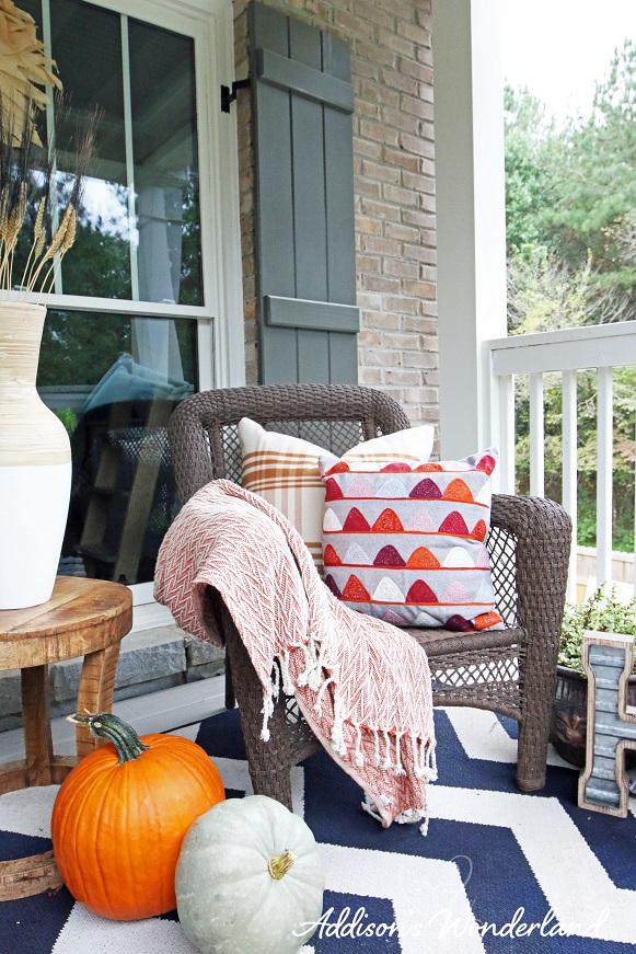 Fall Front Porch 23L