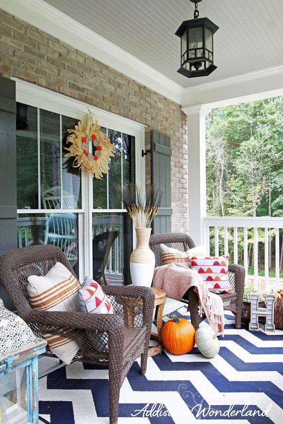 Fall Front Porch 25L
