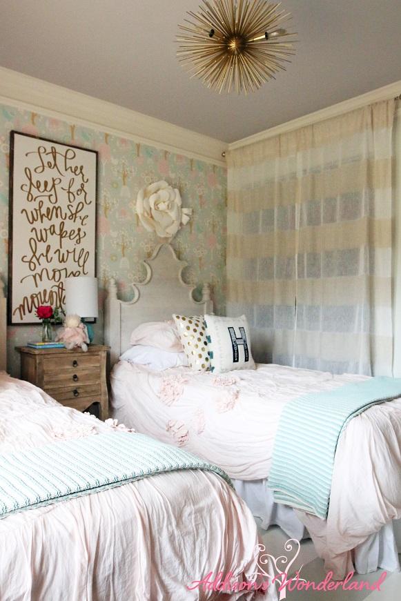 Winter's Big Girl Room 15L