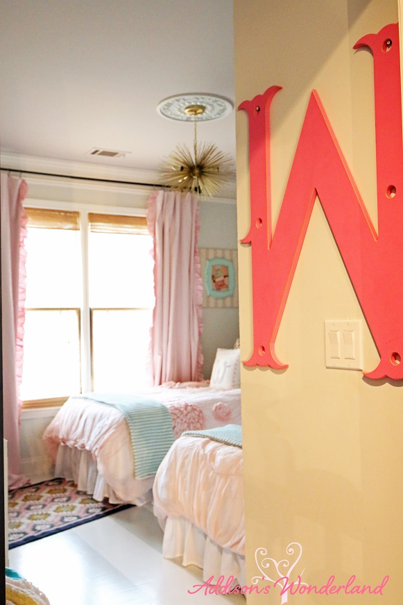 Winter's Big Girl Room 1L