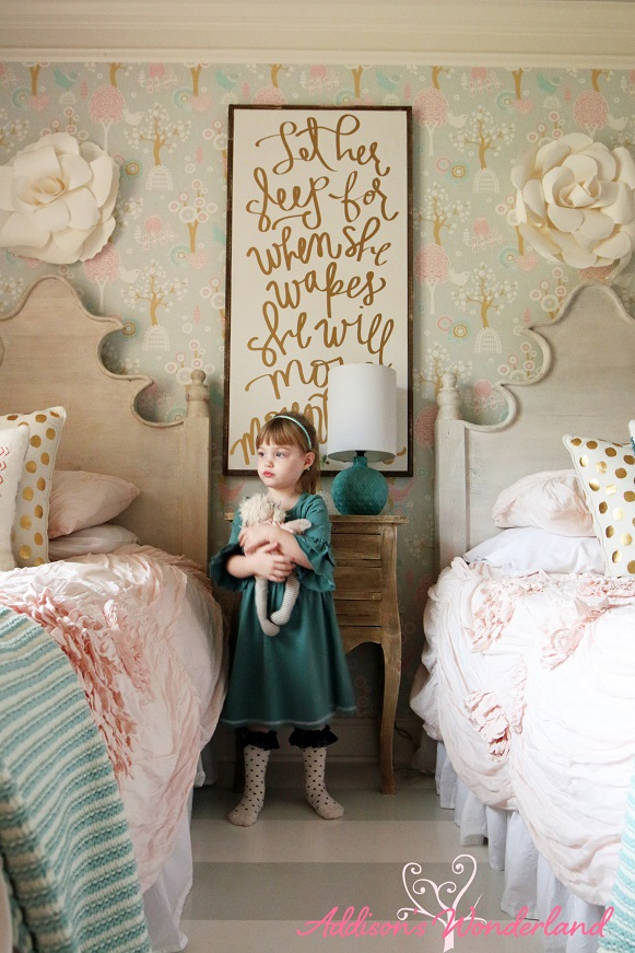 Winter's Big Girl Room 21L