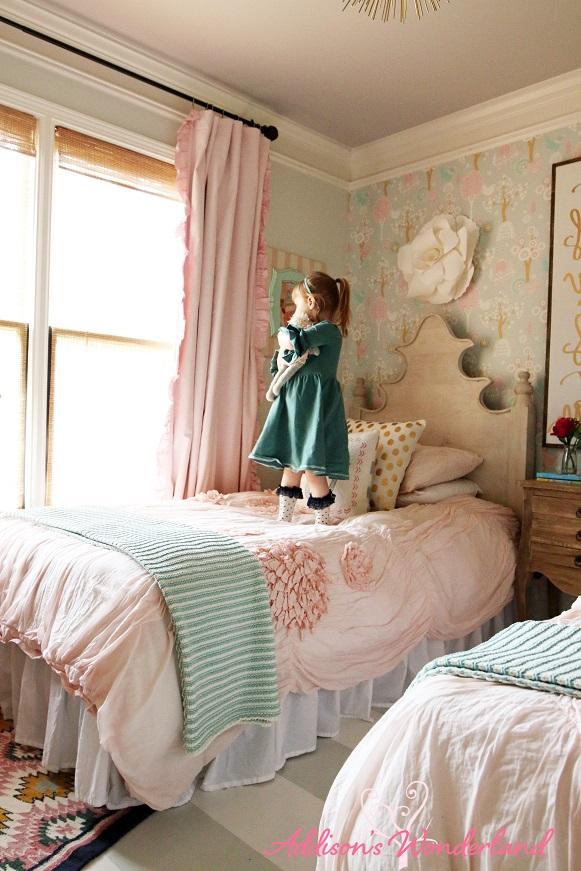 Winter's Big Girl Room 24L