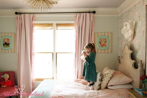 Winter's Big Girl Room 25L