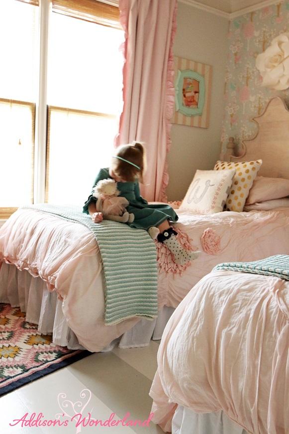 Winter's Big Girl Room 27L