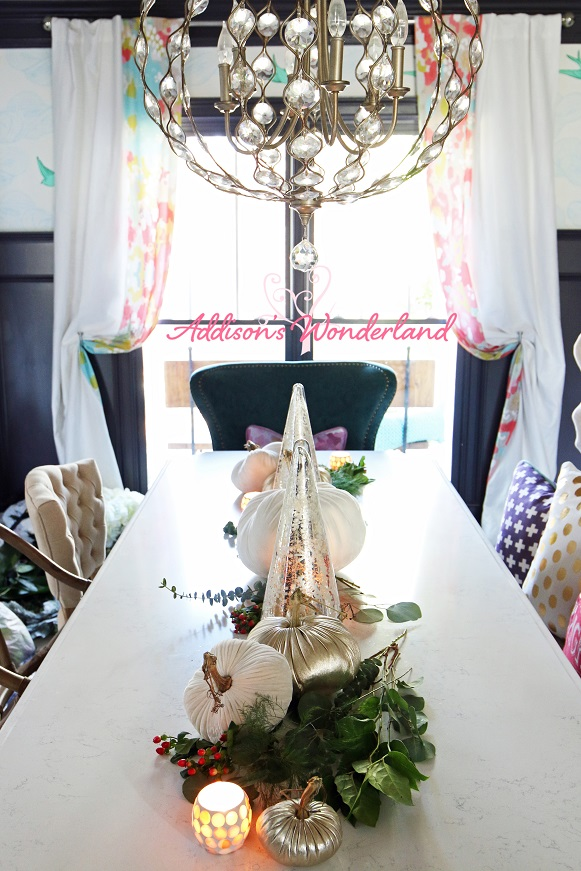 Holiday Dining Room Table 3L