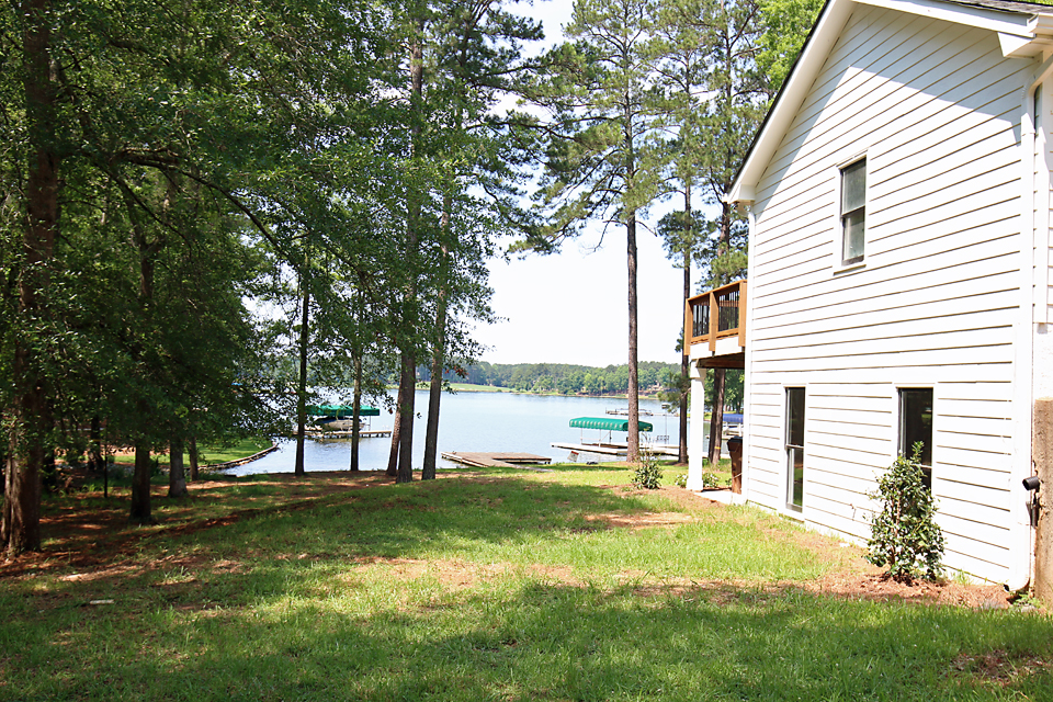 Lakehouse 55