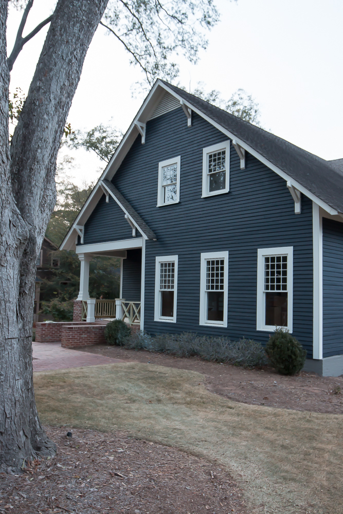 Showing the exterior some love addison 39 s wonderland - Dark grey exterior house paint concept ...