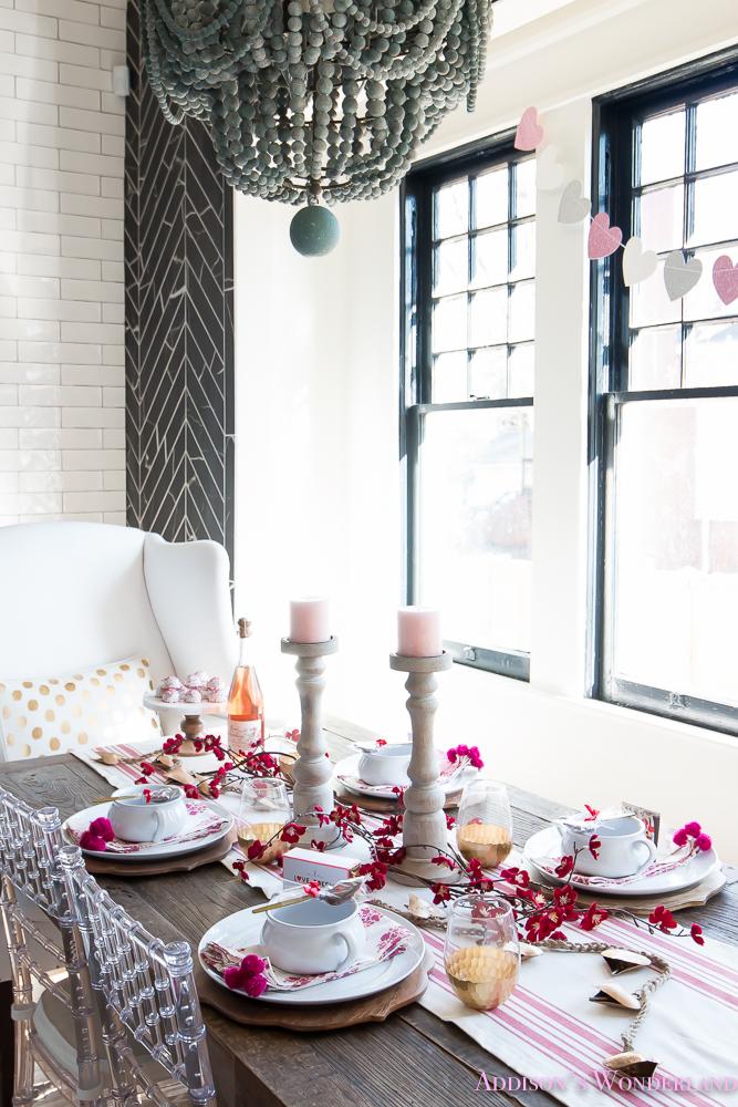 breakfast-room-valentines-day-dinner-table-decor-ideas ...