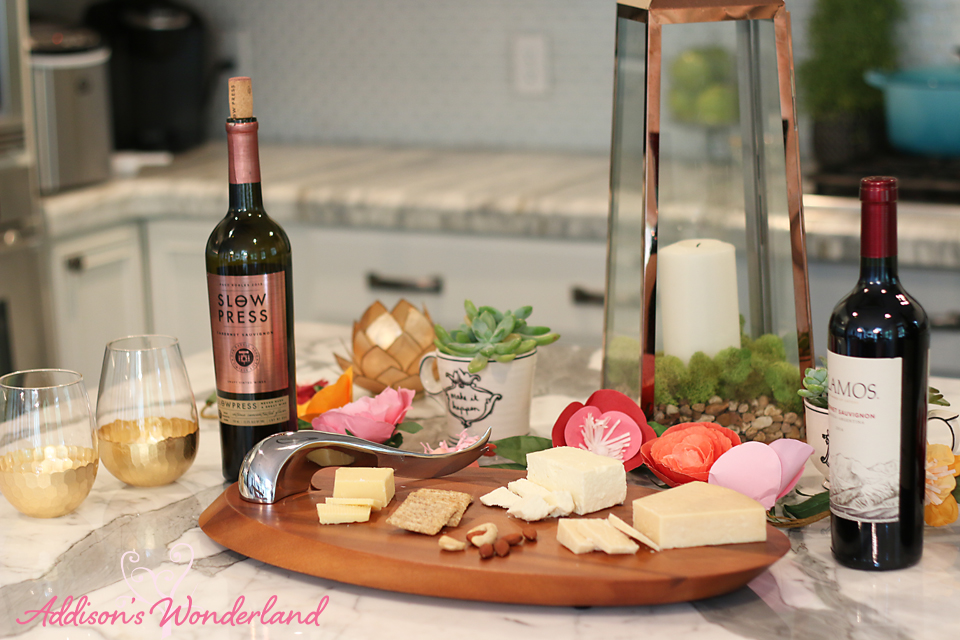 A20 Nambe Wooden Cheeseboard