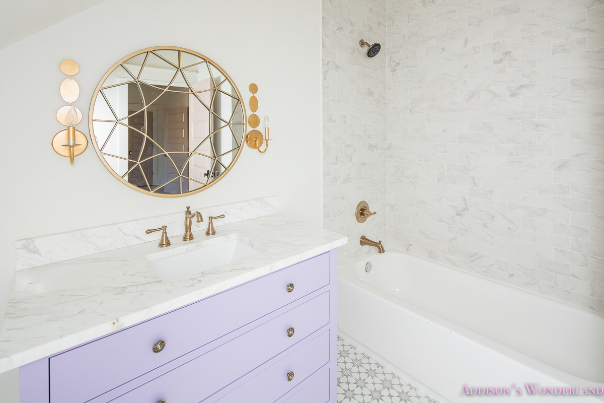 alabaster-walls-girls-bathroom-white-porcelain-marble-subway-tile ...