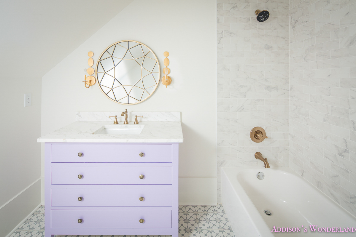 Alabaster Walls Girls Bathroom White Porcelain Marble