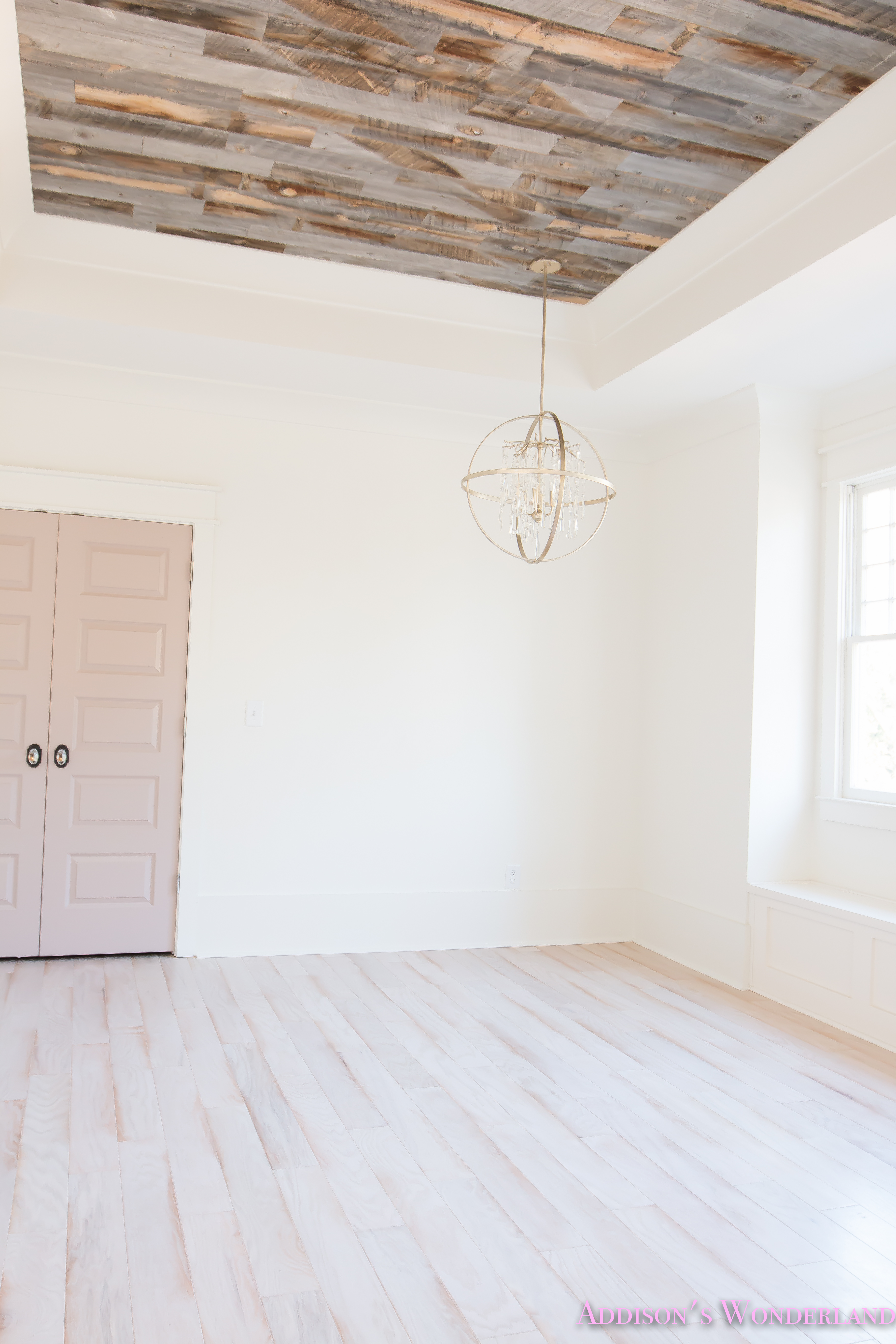 Alabaster Walls Girls Bedroom Stikwood Weathered Wood