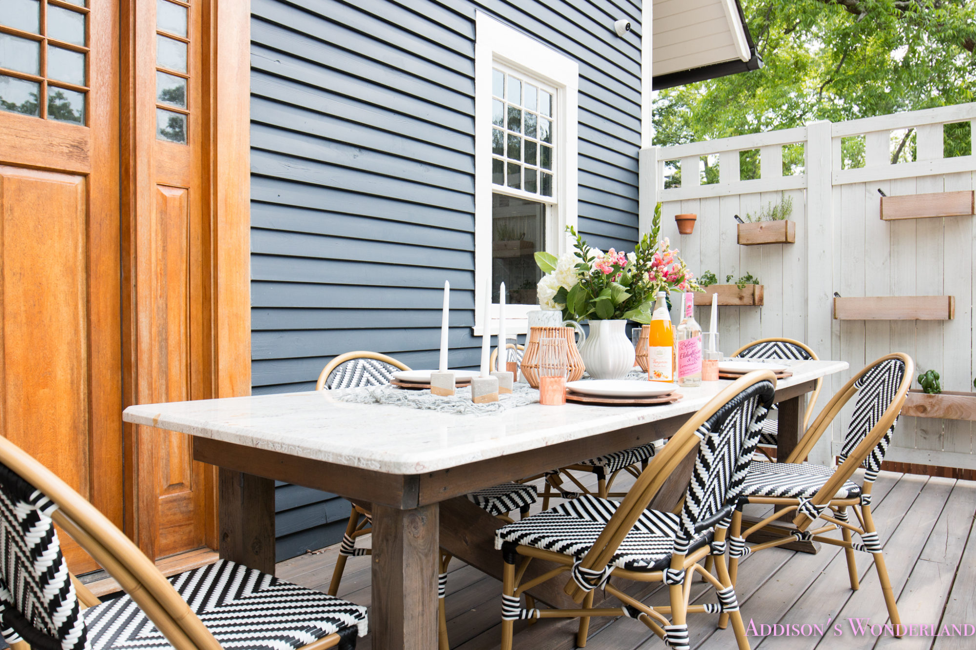 Outdoor Dining Table Decor Amp The Cutest Bistro Chairs