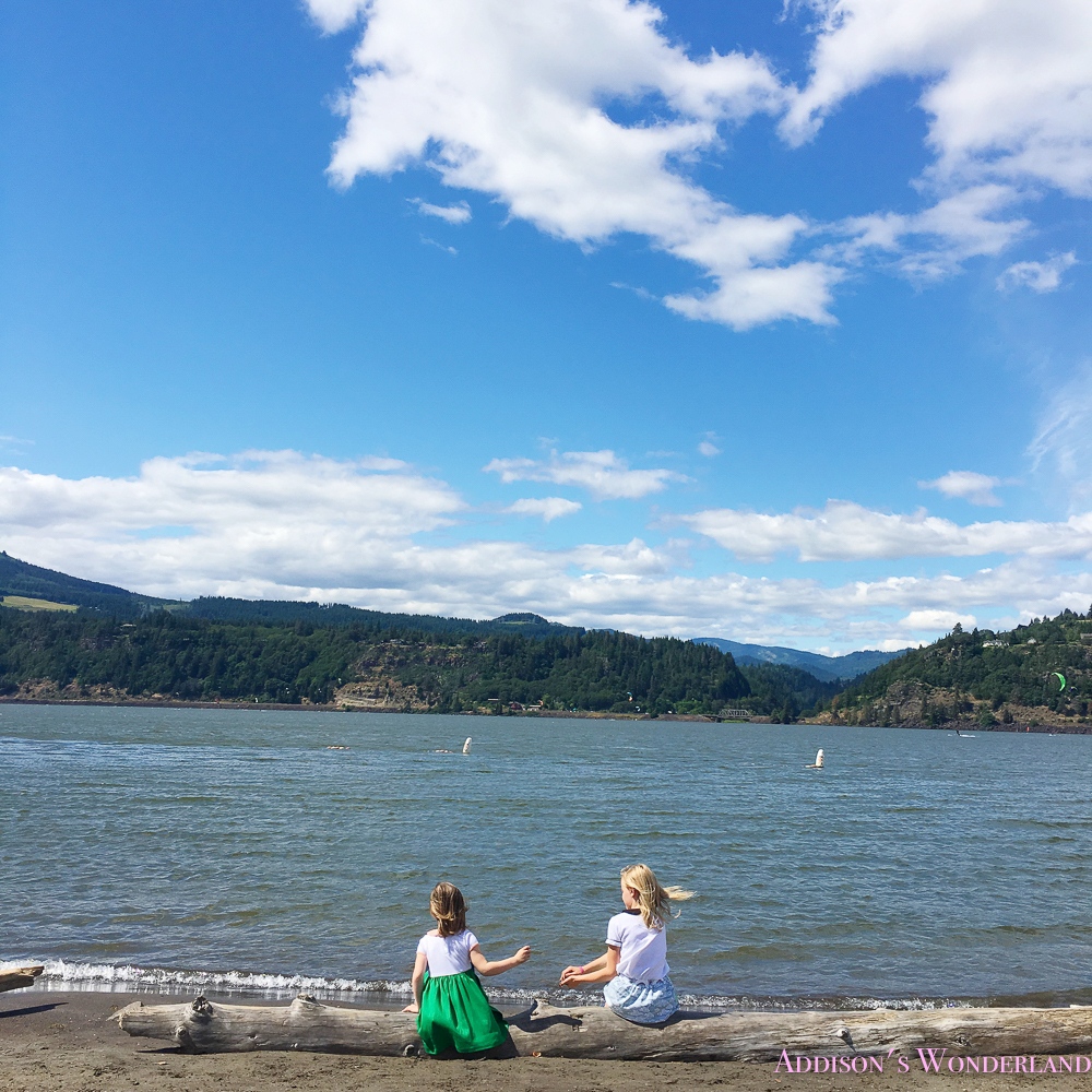 Our adventures in oregon continue addison 39 s wonderland for Hood river fishing