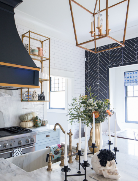 """Our """"Spooky"""" Halloween Kitchen with Fall Decorating Ideas!"""